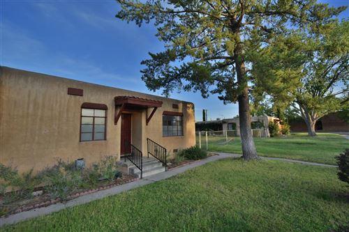 Photo of 204 Madison Street NE, Albuquerque, NM 87108 (MLS # 978264)