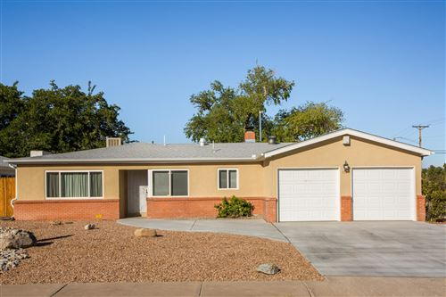 Photo of 1721 CALIFORNIA Street NE, Albuquerque, NM 87110 (MLS # 971266)