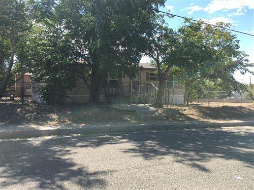 Photo of 300 LEWIS Avenue SE, Albuquerque, NM 87102 (MLS # 955267)