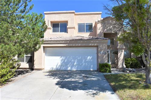 Photo of 1104 LOS PADRES Street SE, Albuquerque, NM 87123 (MLS # 991267)