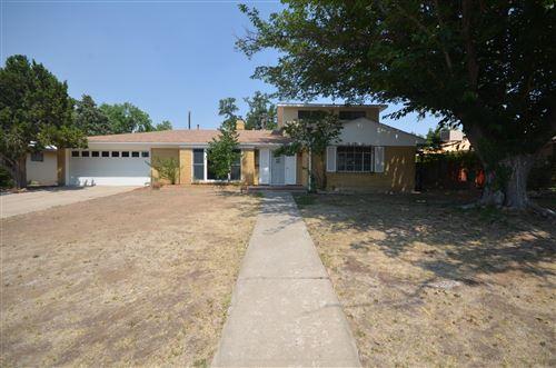 Photo of 6231 Mossman Place NE, Albuquerque, NM 87110 (MLS # 972268)