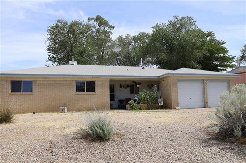 Photo of 12425 PLACID Avenue NE, Albuquerque, NM 87112 (MLS # 972272)