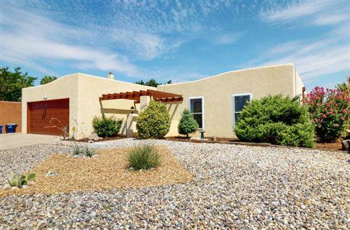 Photo of 6337 AVENIDA LA COSTA NE, Albuquerque, NM 87109 (MLS # 974272)