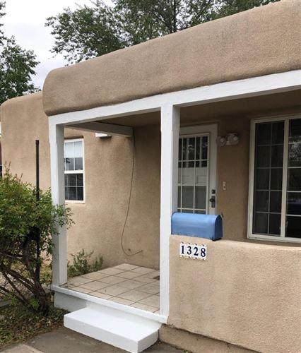 Photo of 1328 VASSAR Drive NE, Albuquerque, NM 87106 (MLS # 977273)