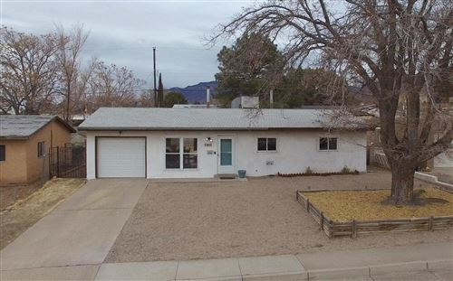 Photo of 11413 CONSTITUTION Avenue NE, Albuquerque, NM 87112 (MLS # 984274)