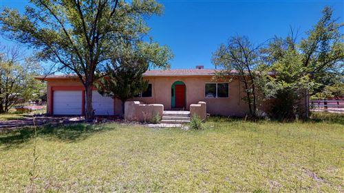 Photo of 5900 WARREN Lane SW, Albuquerque, NM 87105 (MLS # 973275)