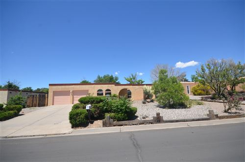 Photo of 10221 Keeping Drive NW, Albuquerque, NM 87114 (MLS # 946277)