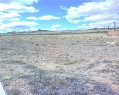 Photo of 8020 KIBO Drive NW, Albuquerque, NM 87120 (MLS # 983277)