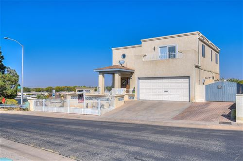 Photo of 9101 OSUNA Place NE, Albuquerque, NM 87111 (MLS # 979284)