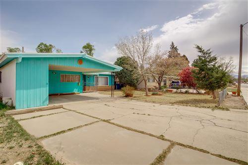 Photo of 1409 CHEROKEE Road NW, Albuquerque, NM 87107 (MLS # 991288)