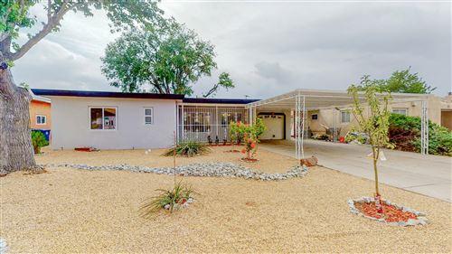 Photo of 1709 CAGUA Drive NE, Albuquerque, NM 87110 (MLS # 992294)