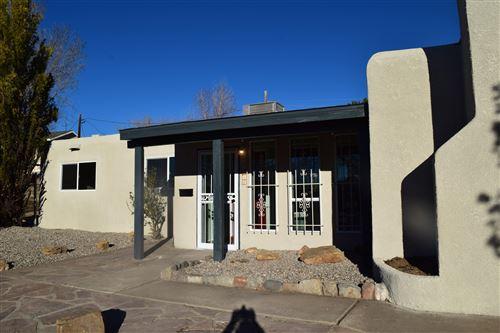 Photo of 1516 June Street NE, Albuquerque, NM 87112 (MLS # 986296)