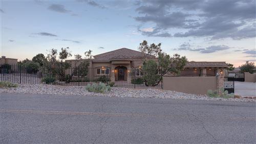 Photo of 9124 EAGLE ROCK Avenue NE, Albuquerque, NM 87122 (MLS # 996305)
