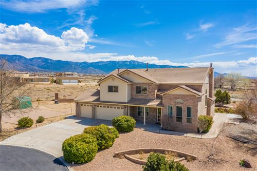 Photo of 9327 OAKLAND Avenue NE, Albuquerque, NM 87122 (MLS # 990306)