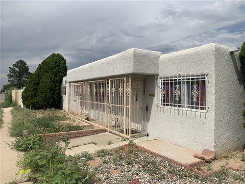 Photo of 3504 CARLISLE Boulevard NE, Albuquerque, NM 87110 (MLS # 974307)