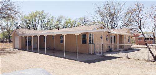 Photo of 2106 Anthony Place SW, Albuquerque, NM 87105 (MLS # 989308)