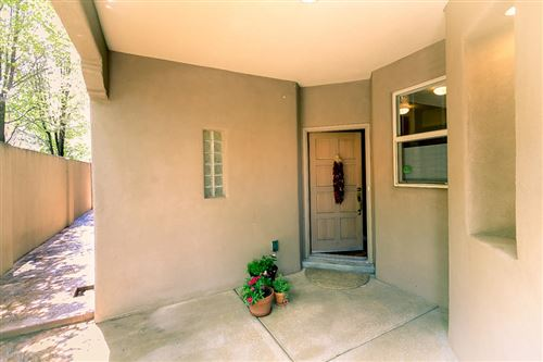 Photo of 8740 Desert Fox Way NE, Albuquerque, NM 87122 (MLS # 974311)