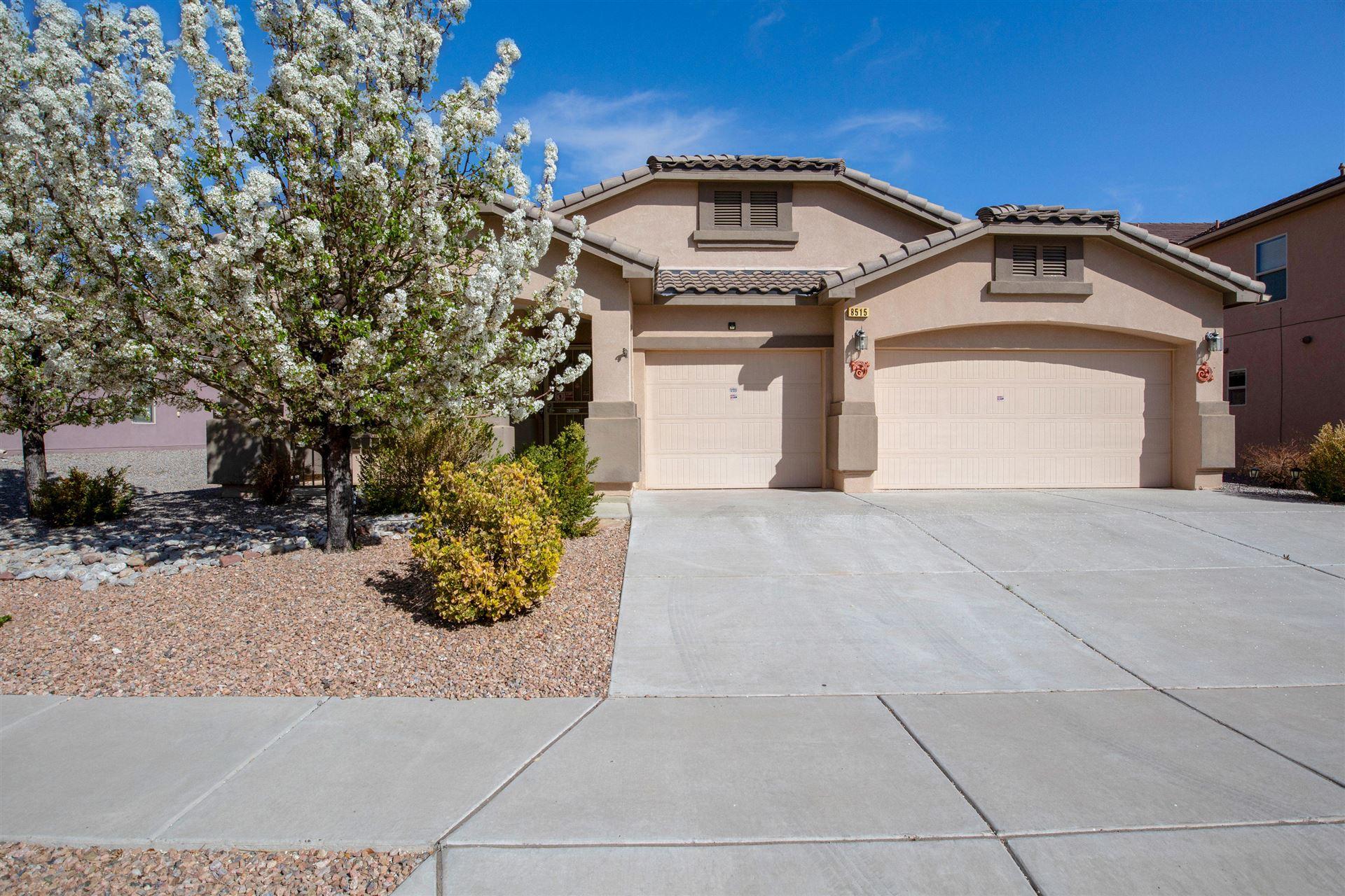 8515 HAWK EYE Road NW, Albuquerque, NM 87120 - #: 989317