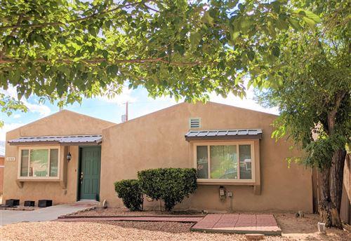 Photo of 1233 8TH Street NW, Albuquerque, NM 87102 (MLS # 970319)