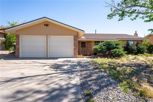 Photo of 11712 PALO DURO Drive NE, Albuquerque, NM 87111 (MLS # 991321)