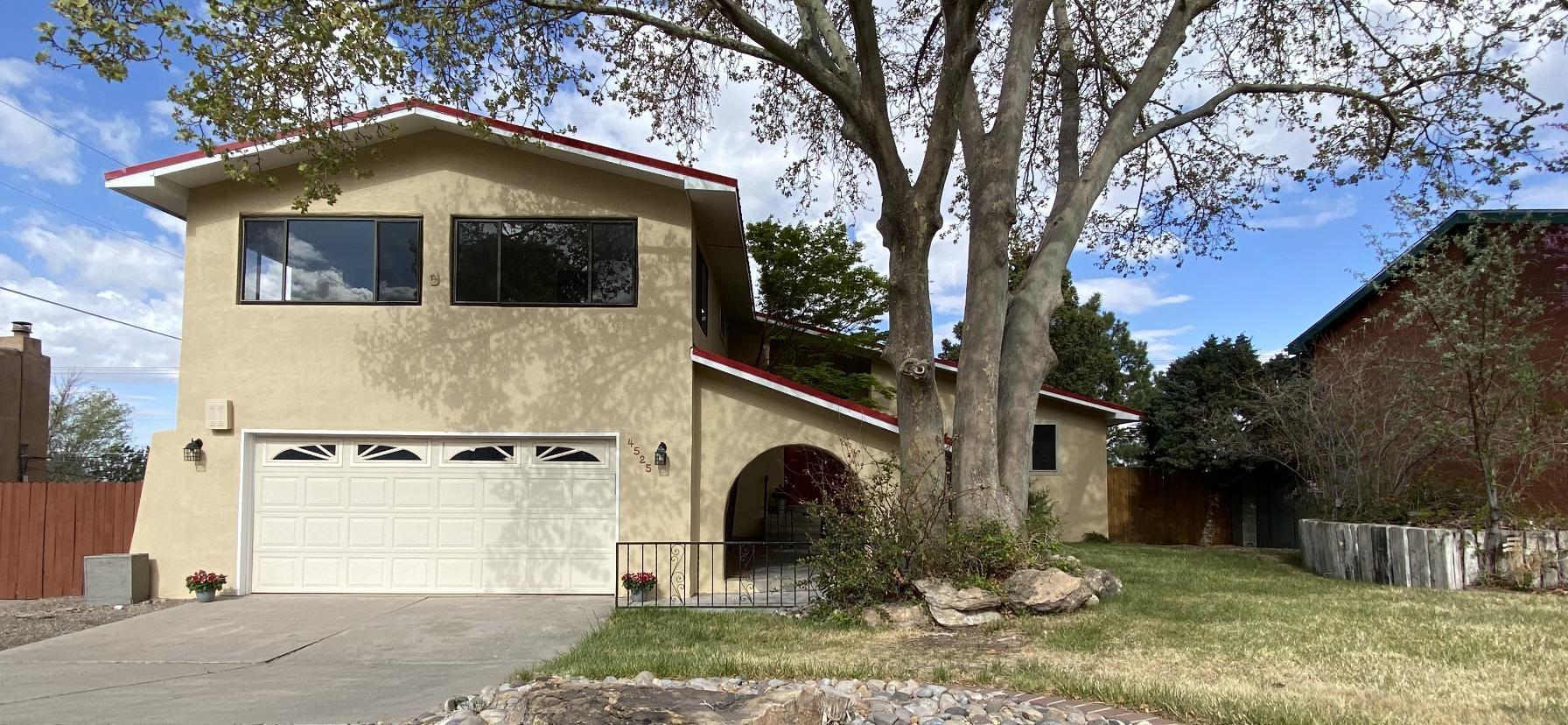 4525 Larchmont Drive NE, Albuquerque, NM 87111 - #: 990327