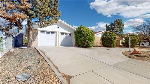 Photo of 2812 CHAMA Street NE, Albuquerque, NM 87110 (MLS # 969328)
