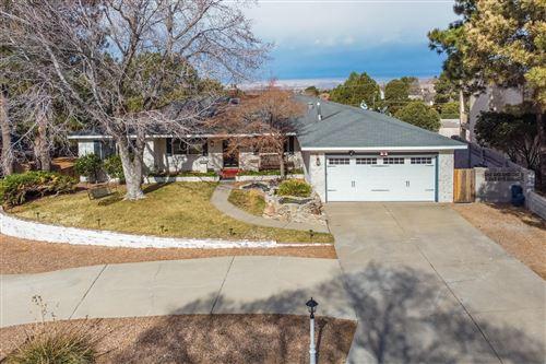 Photo of 4405 HIDDEN VALLEY Court NE, Albuquerque, NM 87111 (MLS # 964329)