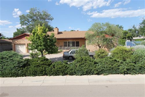 Photo of 3807 La Hacienda Drive NE, Albuquerque, NM 87110 (MLS # 948330)