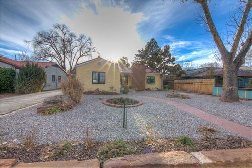 Photo of 1512 SILVER Avenue SW, Albuquerque, NM 87104 (MLS # 969332)