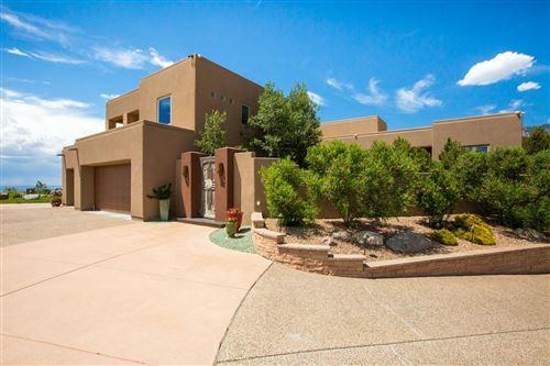 Photo of 13405 LA ARISTA Place NE, Albuquerque, NM 87111 (MLS # 990332)