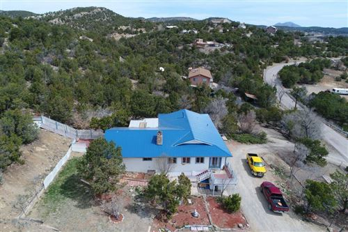 Photo of 19 Matterhorn Drive, Cedar Crest, NM 87008 (MLS # 989333)
