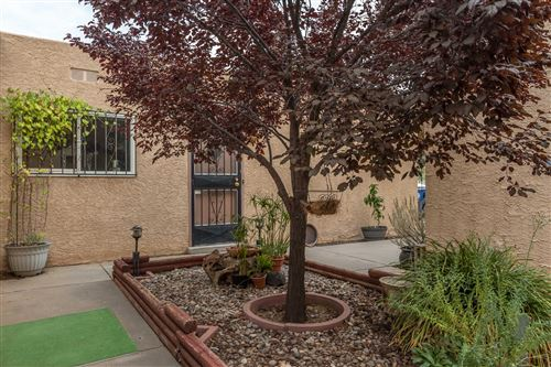 Photo of 3105 CANDLELIGHT Drive NE, Albuquerque, NM 87111 (MLS # 965334)