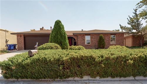 Photo of 6916 WILDWOOD Lane NE, Albuquerque, NM 87111 (MLS # 975338)