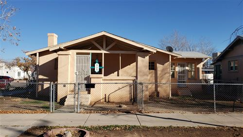 Photo of 924 6TH Street NW, Albuquerque, NM 87102 (MLS # 958345)