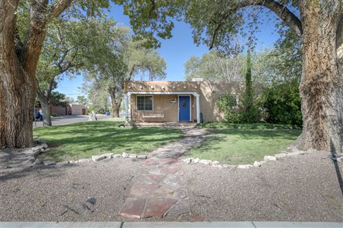 Photo of 1101 COLUMBIA Drive NE, Albuquerque, NM 87106 (MLS # 977347)