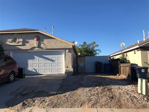 Photo of 11201 Roan Avenue SW, Albuquerque, NM 87121 (MLS # 979347)
