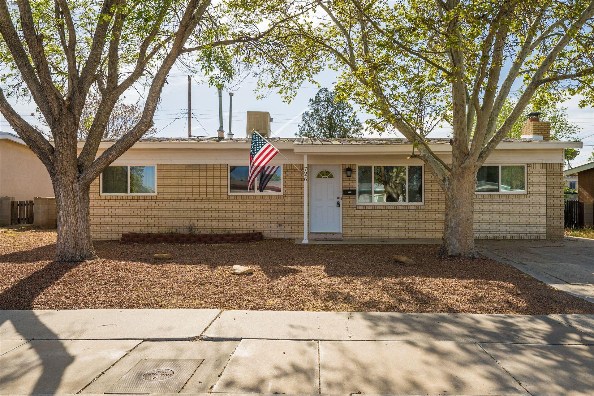 726 CLAUDINE Street NE, Albuquerque, NM 87123 - #: 990350