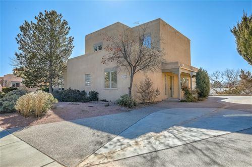 Photo of 1731 AVENIDA ALTURAS NE, Albuquerque, NM 87110 (MLS # 961353)