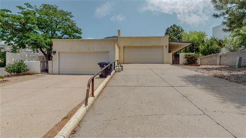Photo of 2900 CANDELITA Court NE, Albuquerque, NM 87112 (MLS # 997359)
