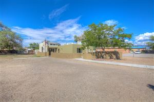 Photo of 1749 Indian School Road NW, Albuquerque, NM 87104 (MLS # 928360)