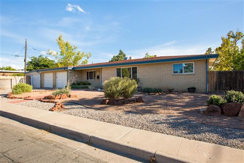 Photo of 4504 Mountain Road NE, Albuquerque, NM 87110 (MLS # 955360)