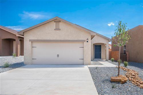Photo of 9804 Sacate Blanco Avenue SW, Albuquerque, NM 87121 (MLS # 977360)