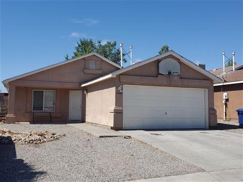 Photo of 7508 AUTUMN BREEZE Road SW, Albuquerque, NM 87121 (MLS # 972361)
