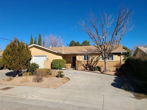 Photo of 904 SAN PABLO Street NE, Albuquerque, NM 87110 (MLS # 986362)