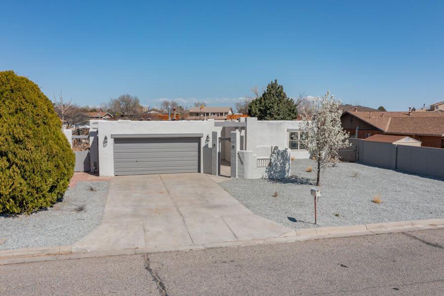 5821 STRATFORD Avenue NW, Albuquerque, NM 87114 - MLS#: 989367