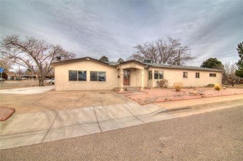 Photo of 1100 GLORIETA Street NE, Albuquerque, NM 87112 (MLS # 968368)