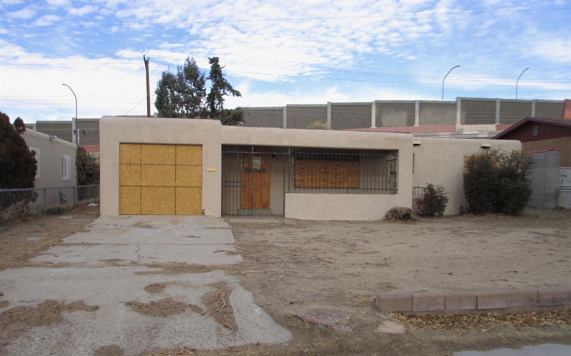 6705 ZIMMERMAN Avenue NE, Albuquerque, NM 87110 - MLS#: 986368
