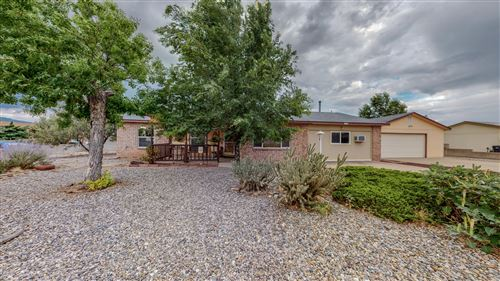 Photo of 582 WESTERN HILLS Drive SE, Rio Rancho, NM 87124 (MLS # 997369)