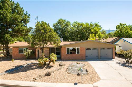 Photo of 4106 TARA Court NE, Albuquerque, NM 87111 (MLS # 972377)