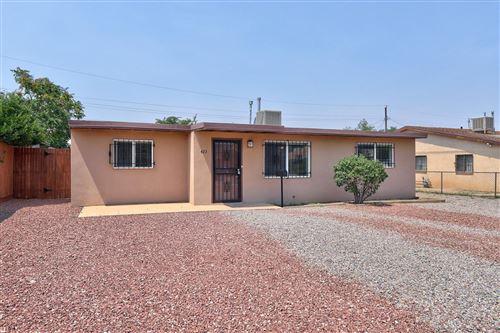 Photo of 423 DALLAS Street NE, Albuquerque, NM 87108 (MLS # 975389)